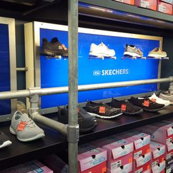 d7ddde460666 SKECHERS Factory Outlet - 23 Photos   30 Reviews - Shoe Stores ...