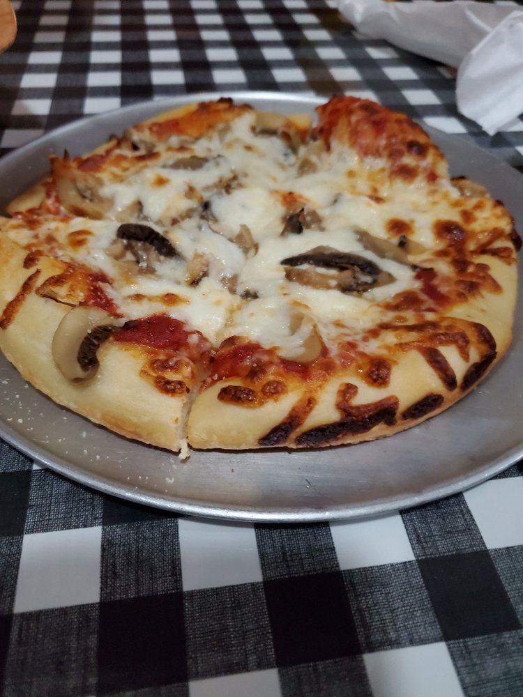 Family Pizza House