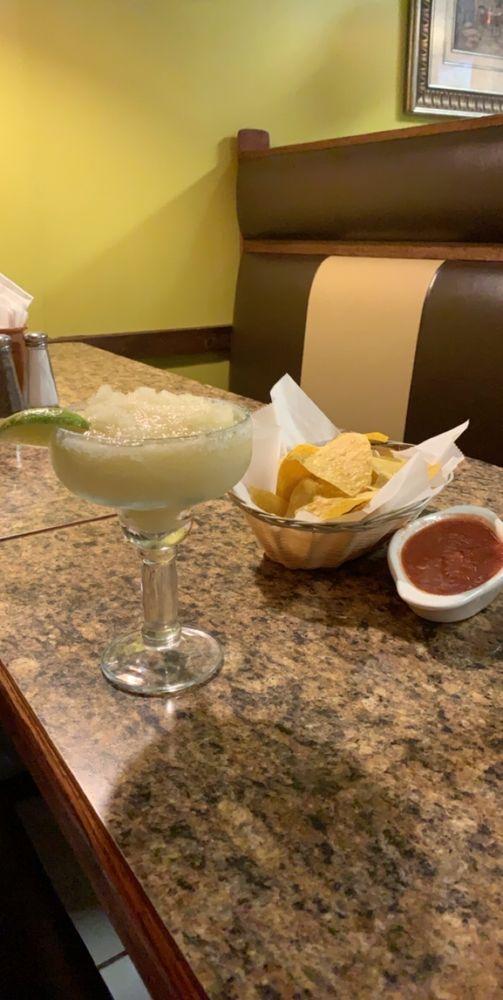 San José Mexican Grill & Cantina: 887 Kings Bay Rd, Saint Marys, GA