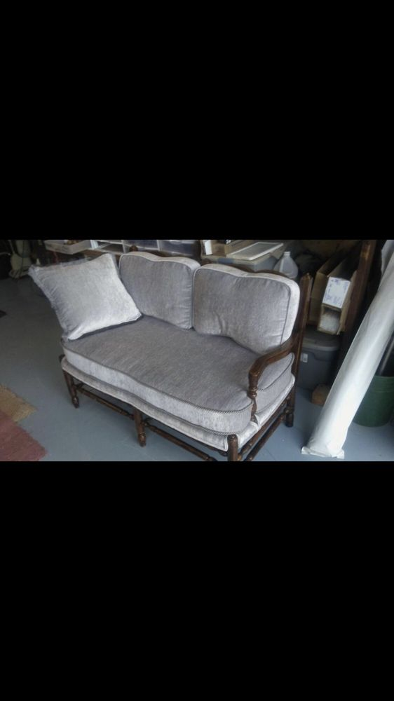 Willy's Upholstery: 1720 Riverview Dr NE, Auburn, WA