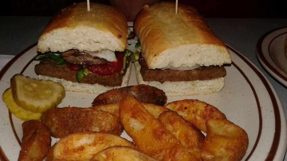 Hometown Pizza - Taylorsville: 91 Settlers Center Rd, Taylorsville, KY