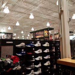 0a19f8391d74 DICK S Sporting Goods - 17 Photos   20 Reviews - Sports Wear - 9356 Sage  Meadow Trl