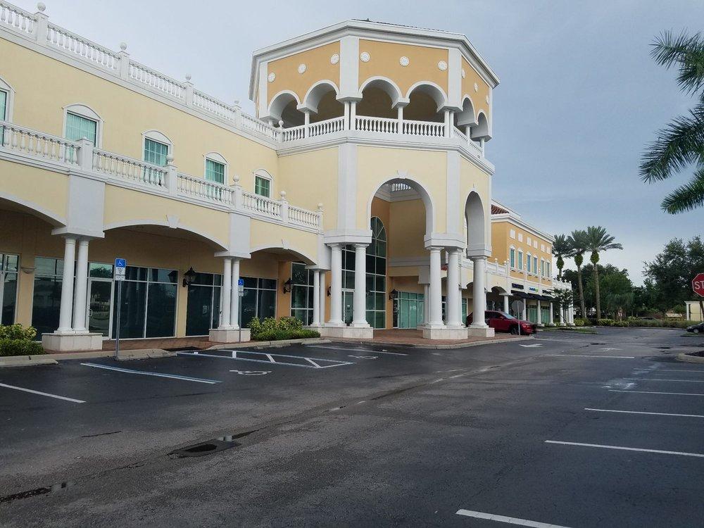 Waterford Park: 12301 Lake Underhill Rd, Orlando, FL