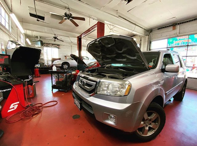 Towing business in Uniondale, NY