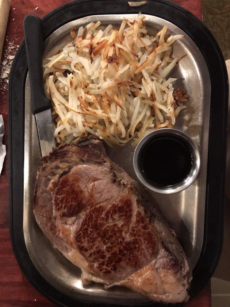 Cobblestone Creek Dining & Banquet: 740 W Ryan St, Brillion, WI