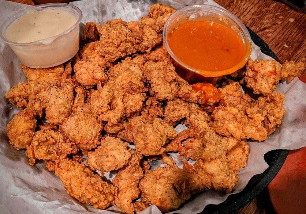 Lotawata Creek Southern Grill: 311 Salem Pl, Fairview Heights, IL