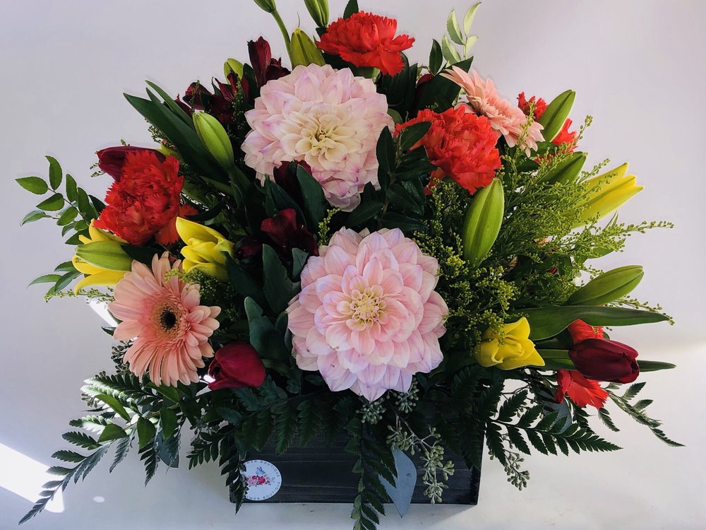 The Flower Boutique: 979 Myrtle Ave, Eureka, CA