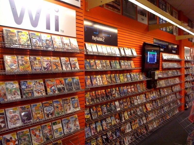 Wii, PS2 games and consoles (old xbox, PSP, nintendo DS and