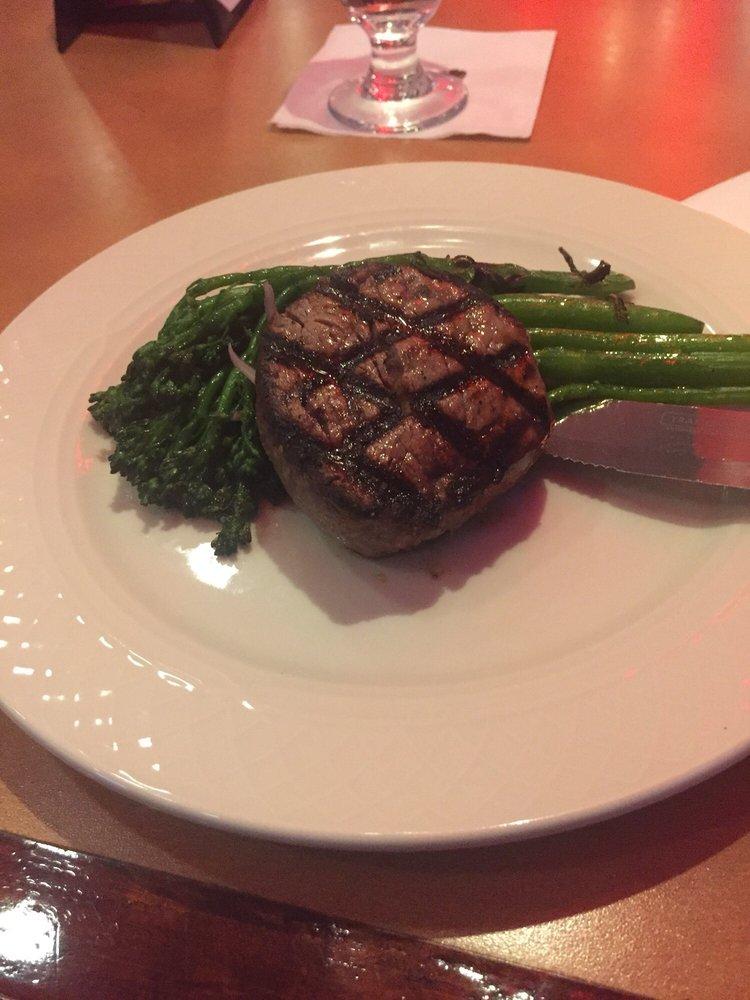 Sapphires Restaurant & Lounge: 422 Monroe St, Jefferson City, MO