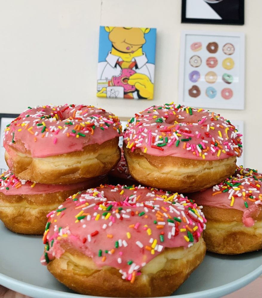 Class One Donuts: 1804 E Rte 66, Glendora, CA