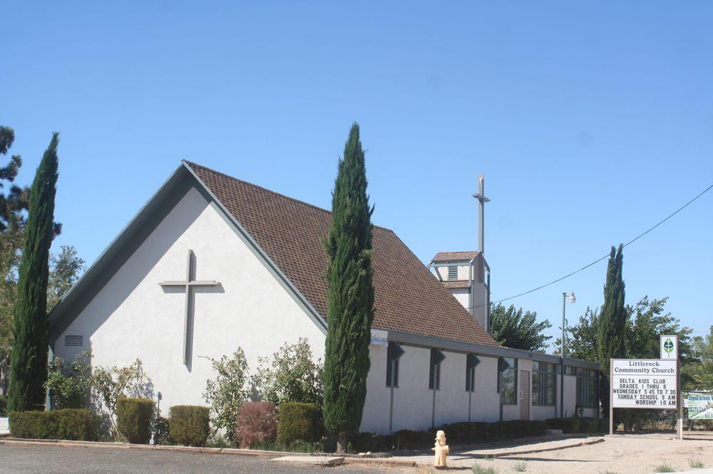 Littlerock Community Church: 7854 Pearblossom Hwy, Littlerock, CA