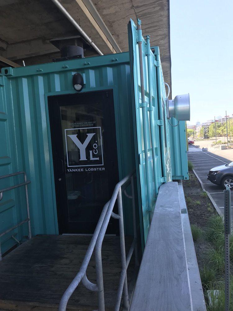 Yankee Lobster: 23 Drydock Ave, Boston, MA