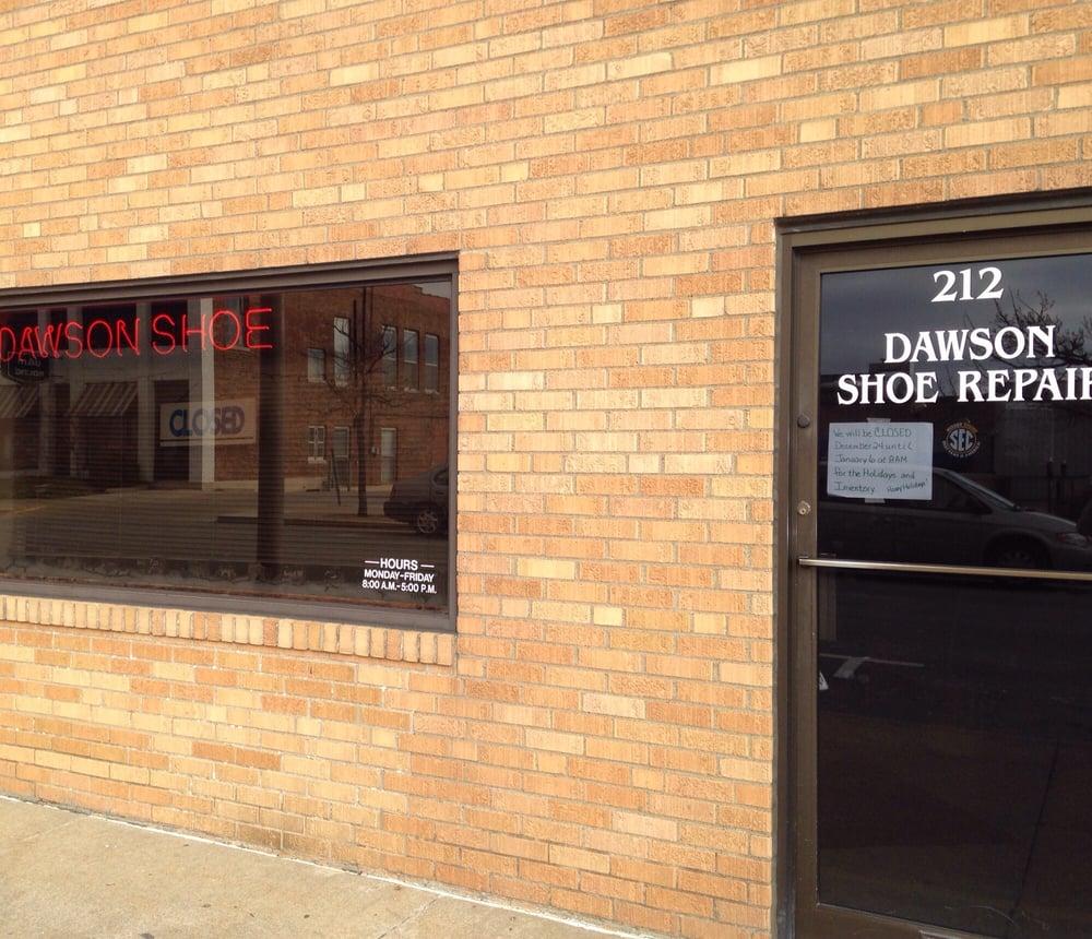 Dawson's Shoe Repair Shop: 212 S 8th St, Columbia, MO