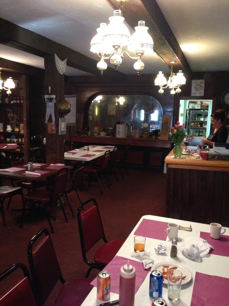 Hungry Horse Saloon: 520 Central Ave, Ericson, NE