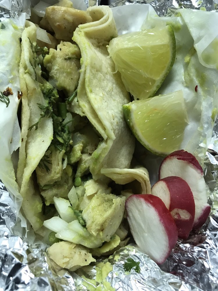 Tacos Huamuxtitlan: 136-28 39th Ave, Flushing, NY