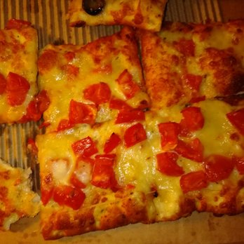 Round Table Pizza Order Food Online 57 Photos 157 Reviews Pizza 1359 Washington Ave San Leandro Ca Phone Number Menu Yelp