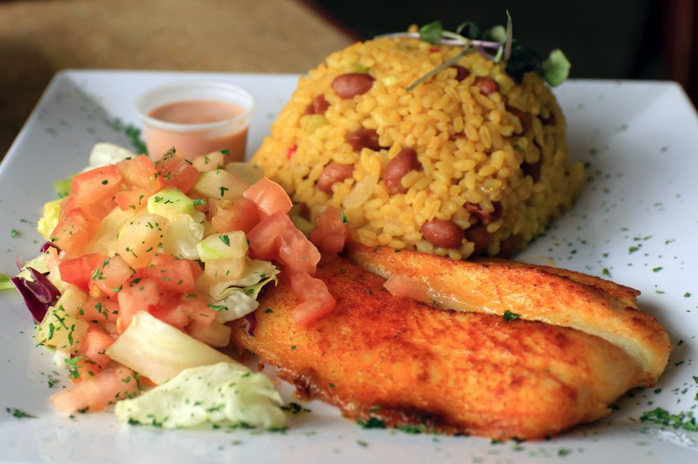 El Buen Cafe: Carretera 2 381 km 84, Hatillo, PR