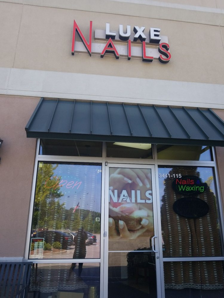 Luxe Nails: 3441 Lowery Pkwy, Fultondale, AL