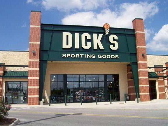 DICK'S Sporting Goods: 100 New River Rd, Christiansburg, VA
