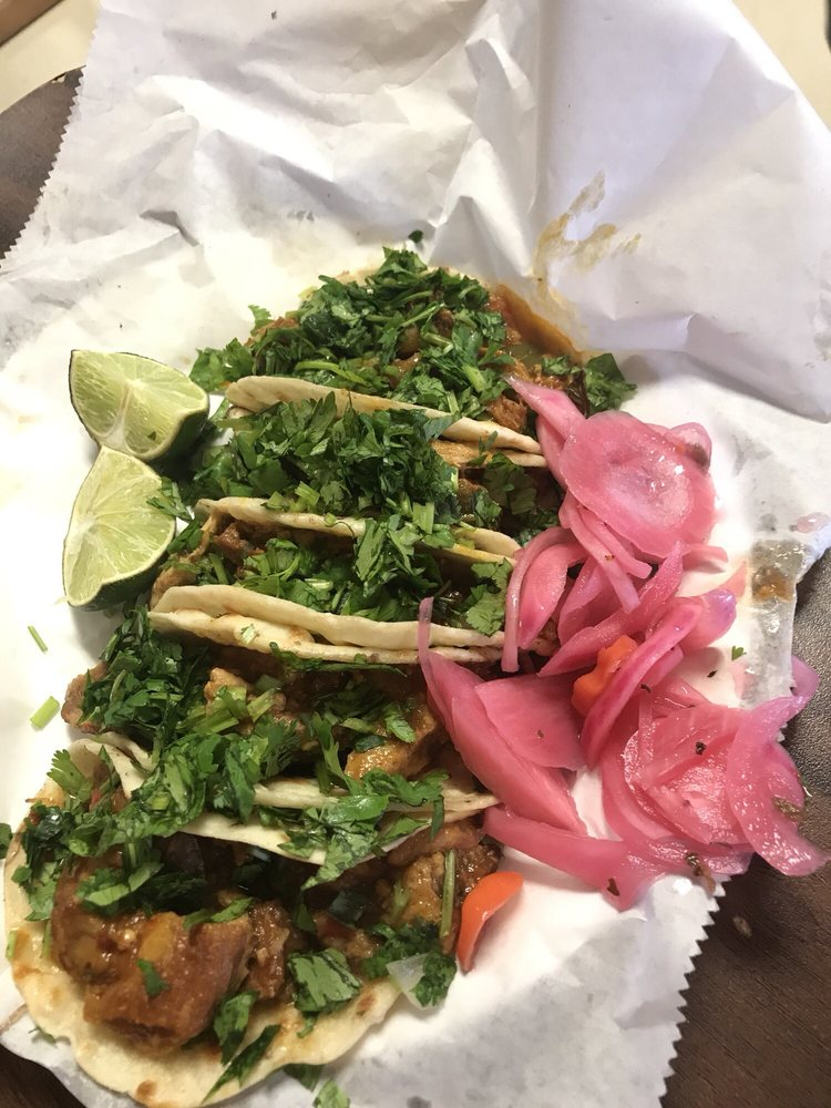 Carnitas Junior: 1804 East University Dr, Edinburg, TX