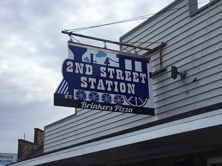 2nd Street Station: 116 S 2nd St, Bellevue, IA