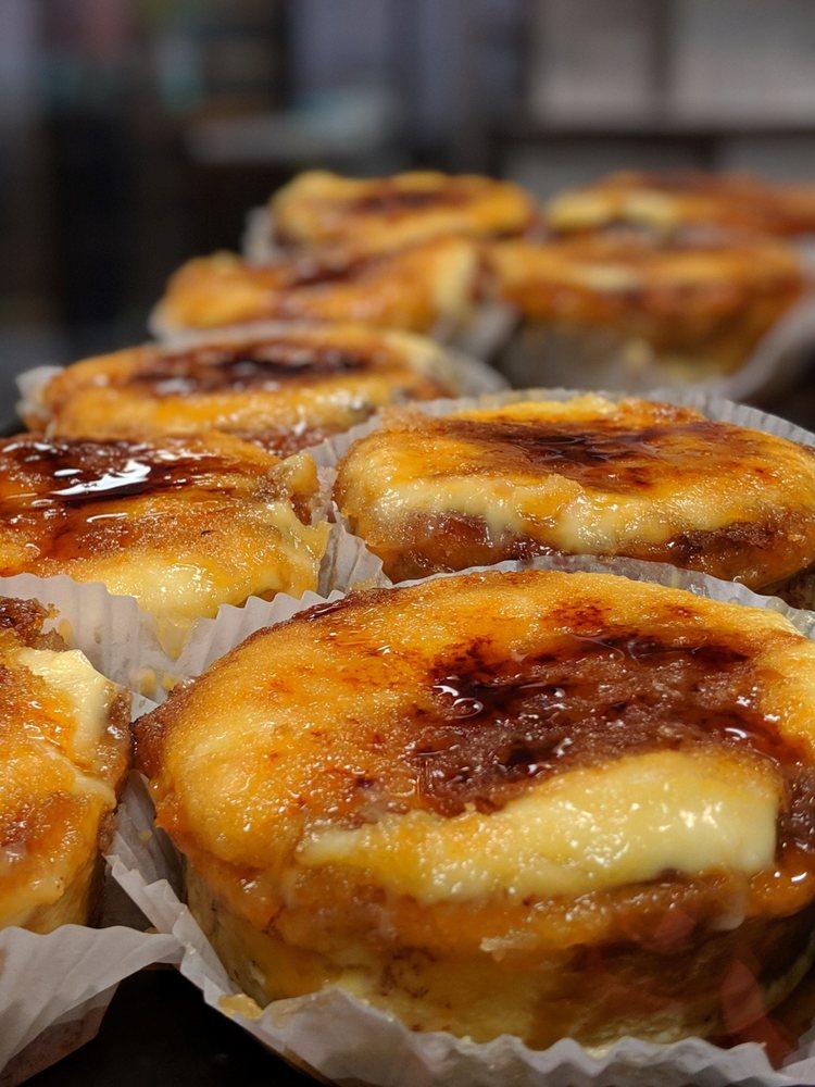 Alessi Bakery: 2909 W Cypress St, Tampa, FL