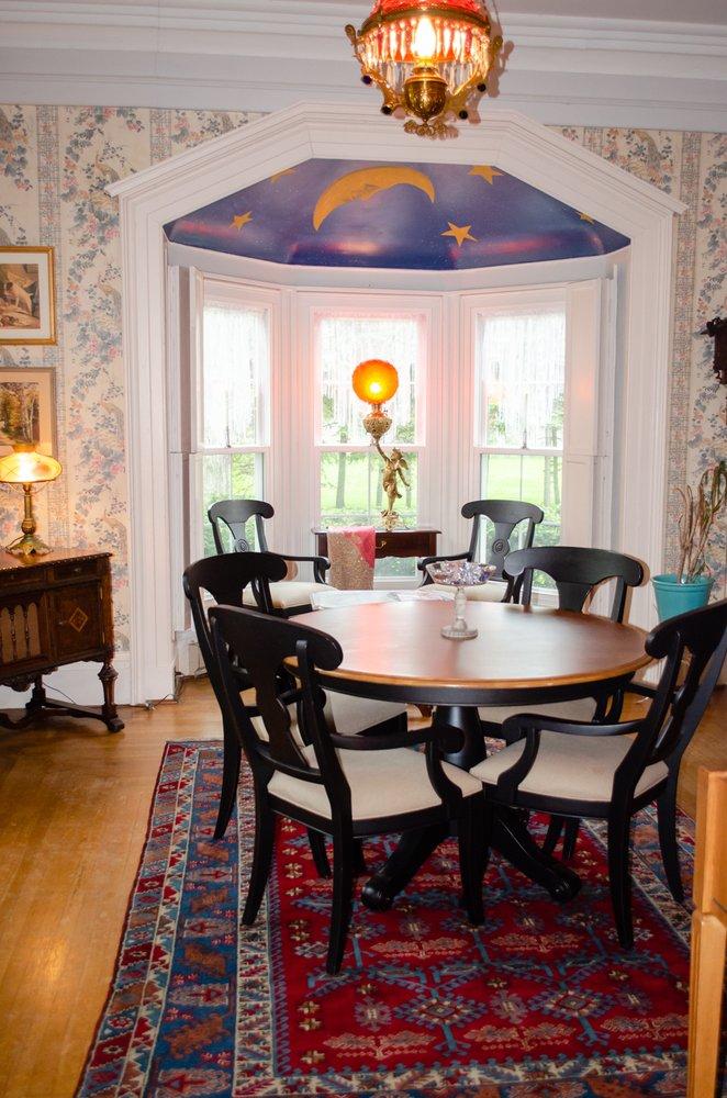 Brick House Bed & Breakfast: 7573 E Rte 20, Westfield, NY