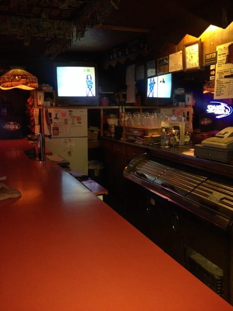 Renegade Lounge: 30 N Main St, Beaver, UT