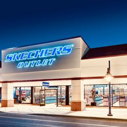 SKECHERS Factory Outlet 11 Reviews Shoe Stores 1251 53