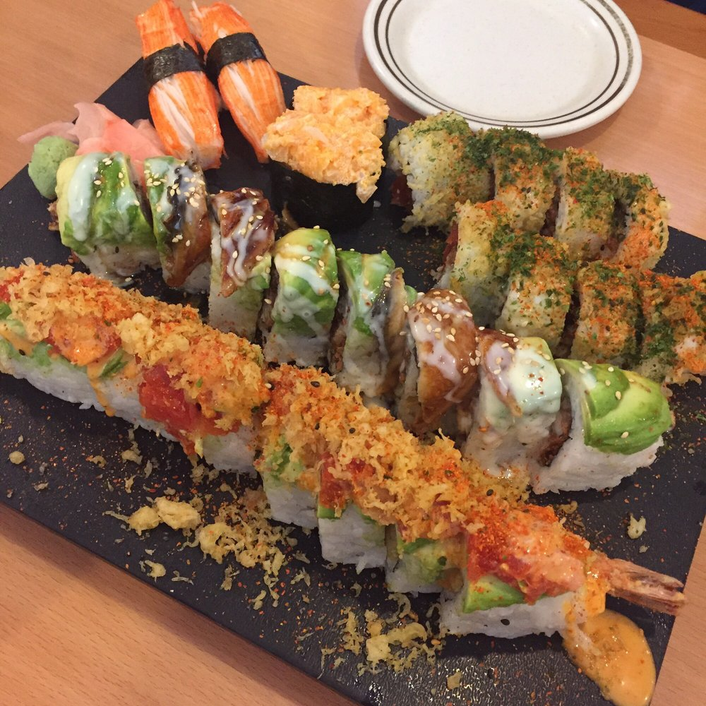 Crazy spider roll dragon roll hawaiian volcano roll for Aloha asian cuisine sushi