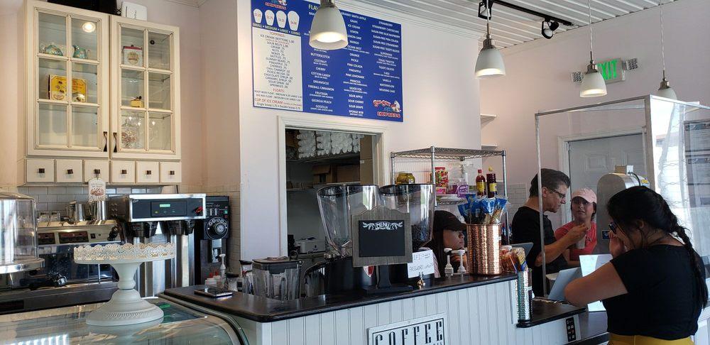 J & H Coffee House / Sno-Cone Express: 660 W Texas Ave, Baytown, TX