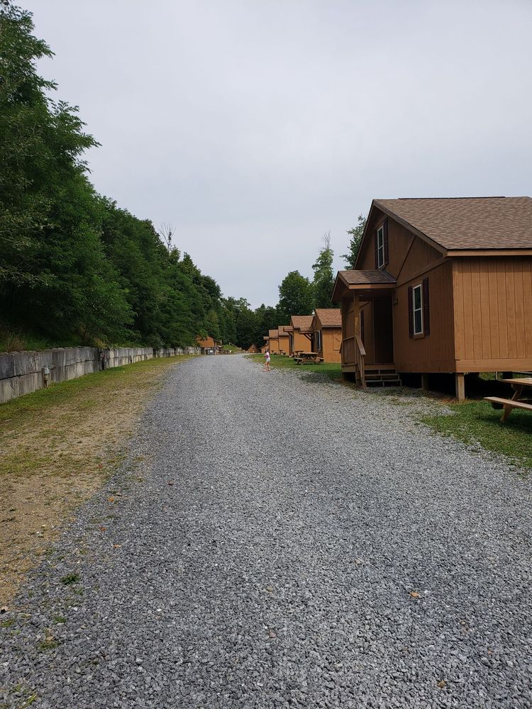 Medix Run Lodges and Cabins: 1997 Rock Hill Rd, Weedville, PA