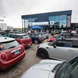 Mini Calgary Car Dealers 161 Glendeer Circle Se Calgary Ab
