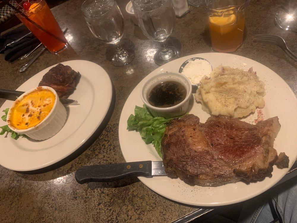 Ice House Restaurant: Frazee St E, Detroit Lakes, MN