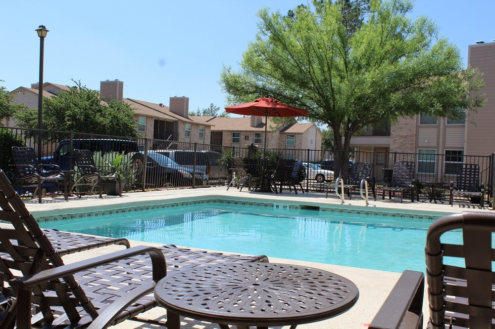 University Gardens Flats Apartments 4801 Oakwood Odessa Tx United States Phone Number