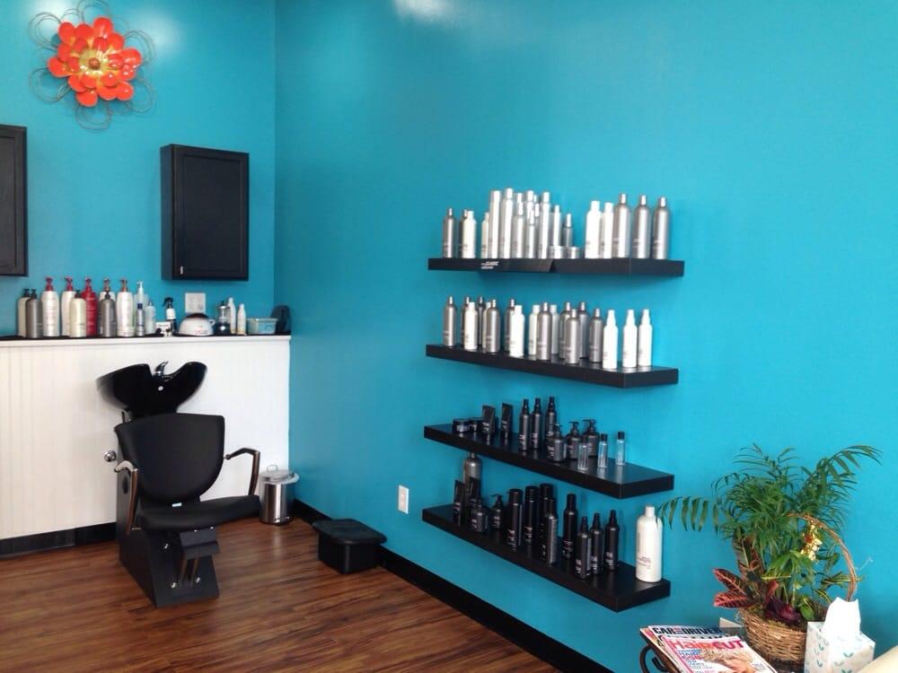 Salon Rausch: 112 Main St, East Windsor, CT
