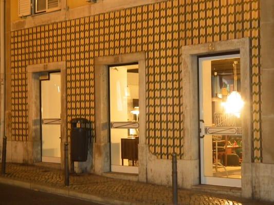 Mobler - Furniture Stores - R. Nova da Piedade, 41, São Bento, Lisbon ...