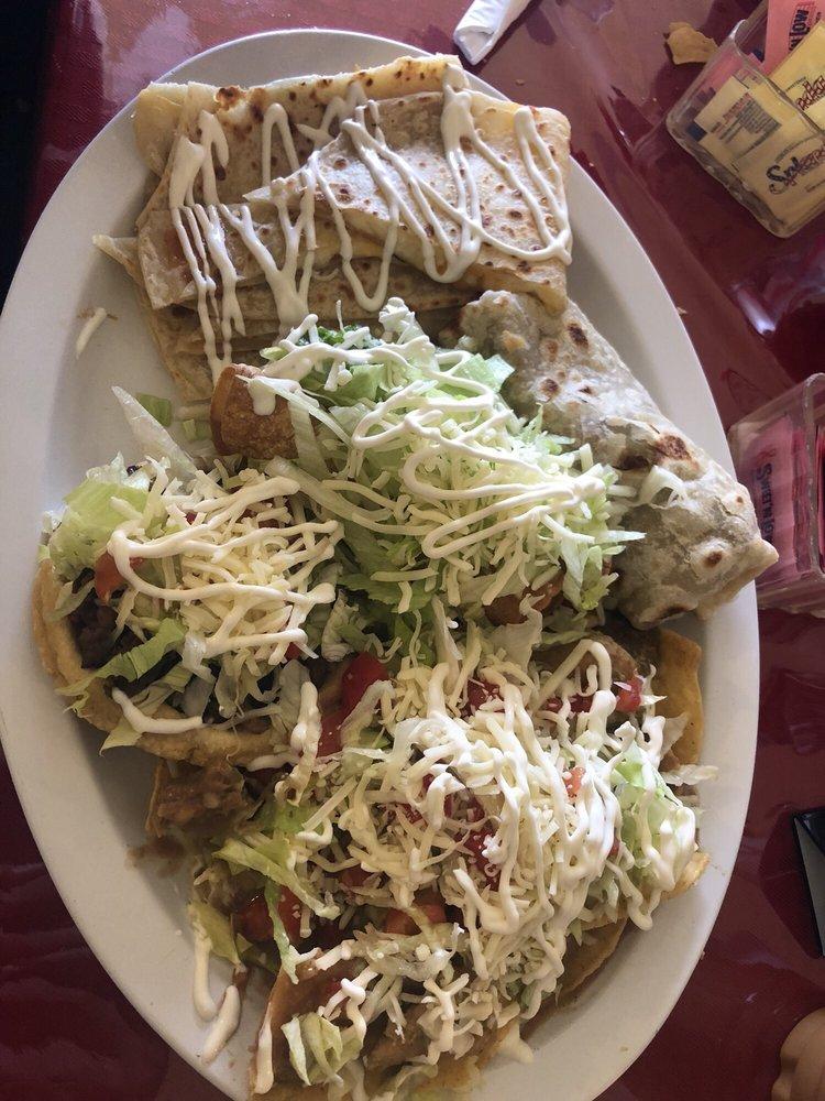 Familia Y Amigos Restaurante