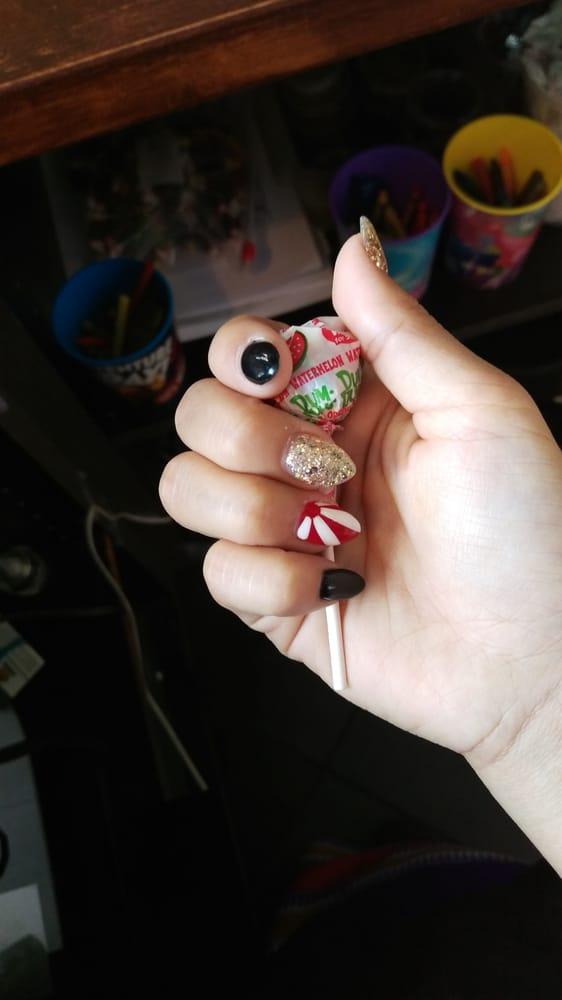 lynn s nails hair spa 39 photos 49 reviews nail salons 15920 ne 8th st bellevue wa. Black Bedroom Furniture Sets. Home Design Ideas