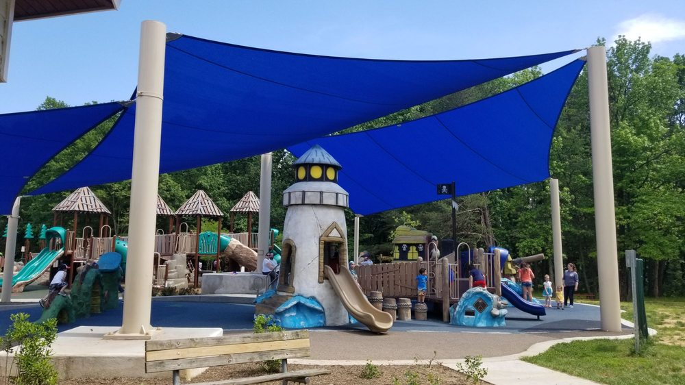 Chessie's Big Backyard: 6601 Telegraph Rd, Alexandria, VA