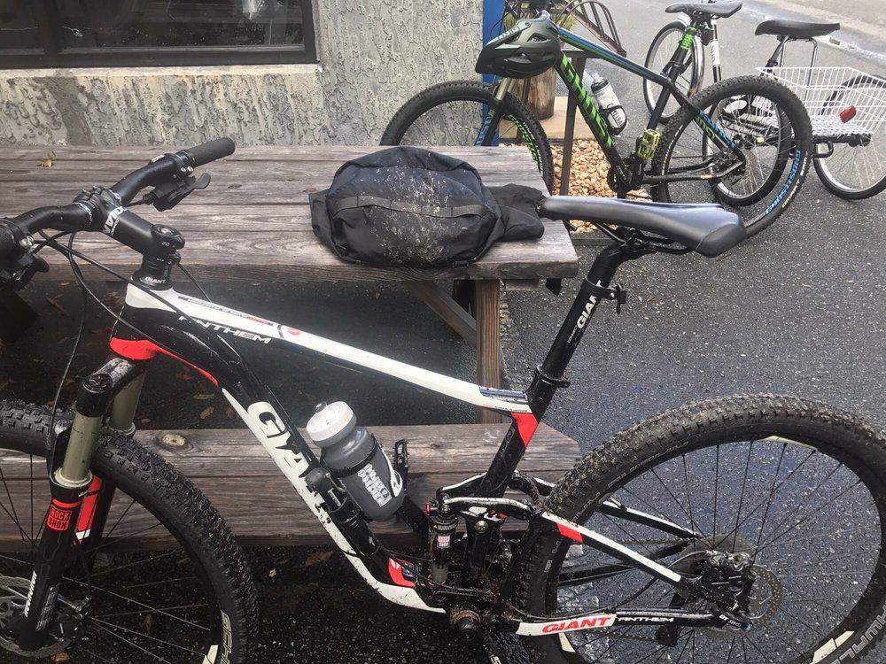 Santos Trailhead Bicycle Shop
