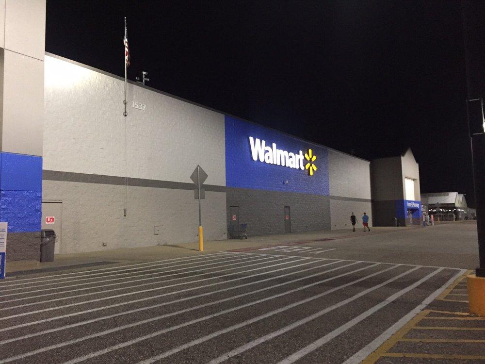 Walmart Supercenter: 1537 S US Highway 231, Ozark, AL