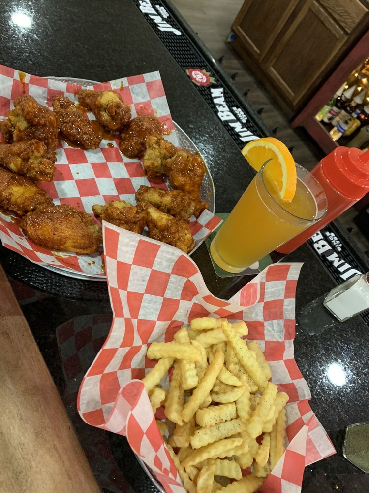 The Burger Barn Bar & Grill: 31 Jefferson St, Cadiz, KY