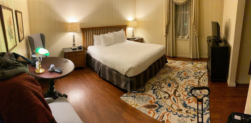 Hotel Winneshiek: 104 E Water St, Decorah, IA