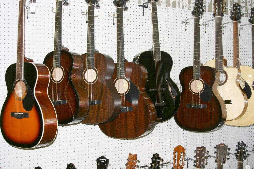 Dixie Guitar King: 130 E 200th N, St. George, UT