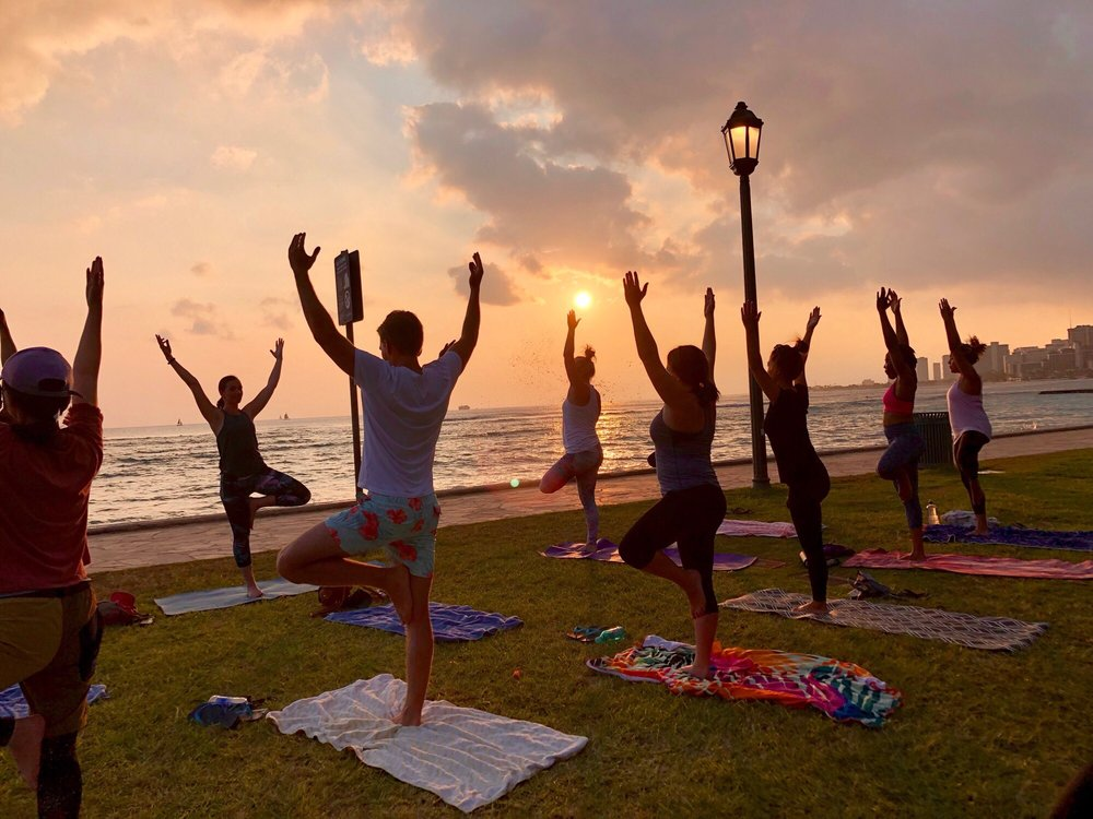 Beach Sunset Yoga Hawaii - Oahu