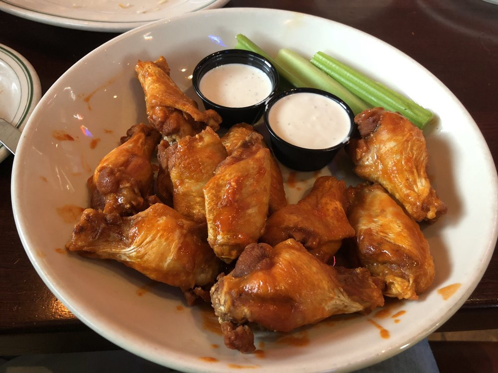 Maynard's Restaurant - Rogers: 21415 136th Ave N, Rogers, MN