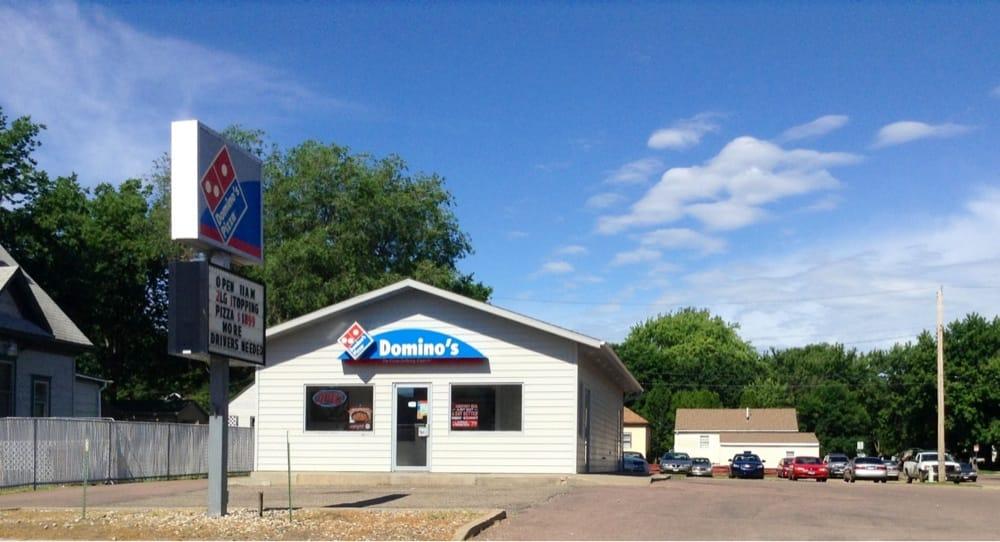 Domino's Pizza: 425 N Sanborn Blvd, Mitchell, SD