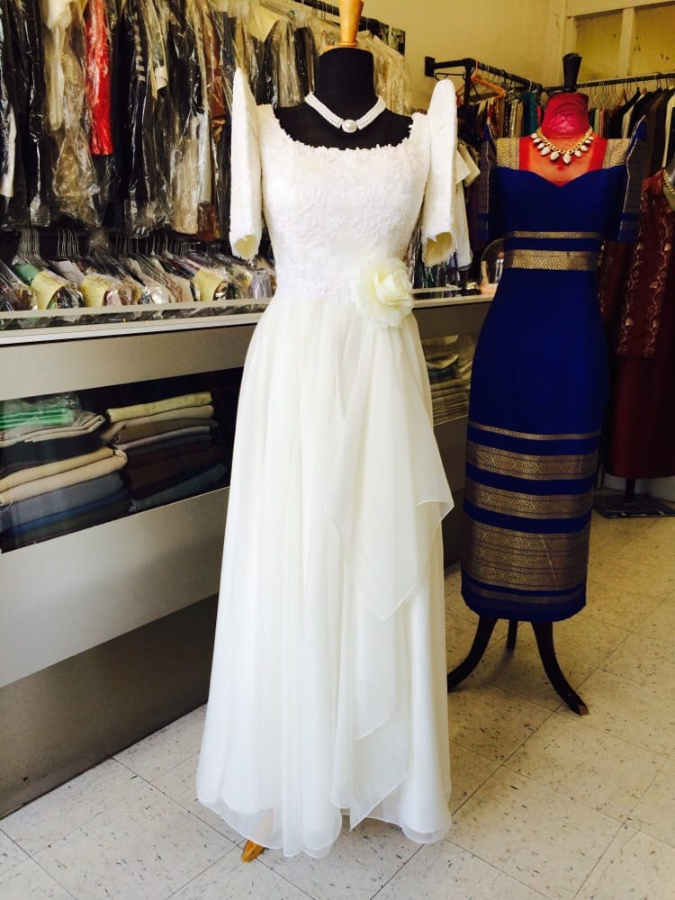 Traditional Filipiniana dress for ladies... - Yelp