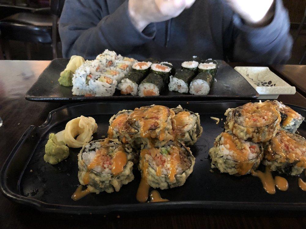 Kabuki Sushi & Thai: 15015 Manchester Rd, Ballwin, MO